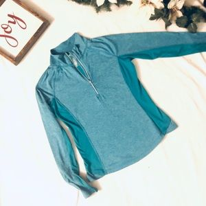 Tops - Semi-fitted teal workout long sleeve